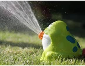 27221250539550 Der lustige Wasser   Fontänen   Frosch für den Garten für 5,99€