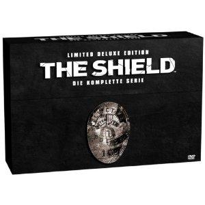51hsmkhc30l. sl500 aa300 1 The Shield   Die komplette Serie (28 DVDs   Limited Deluxe Edition / exklusiv bei Amazon.de) für 72,97€