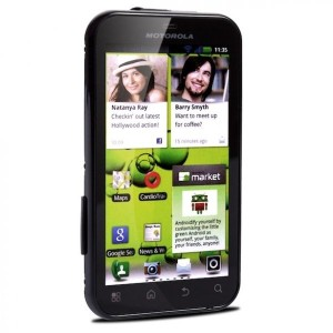 "defy 300x300 MOTOROLA Defy+ Smartphone (3.7"" 480x854, Android 2.3, 5MP Cam, 2GB, IP 67) für €129,95"