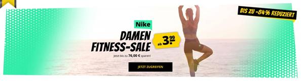 Bild zu SportSpar – NIKE Damen Fitness-Sale mit bis zu 84% Rabatt, z.B. Nike Studio Premium Cover Up Damen Trainingsset (Top + Jacke) für 9,99€