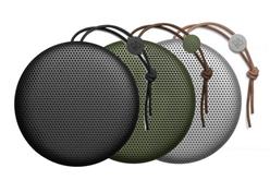 Bild zu Bang & Olufsen Beoplay A1 Bluetooth-Lautsprecher für je 100,99€ (Vergleich: 137€)