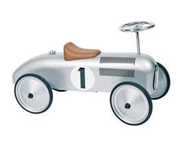 Bild zu Goki Oldtimer Rutscherfahrzeug 73 cm für 55,75€ (Vergleich: 67,99€)