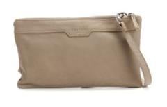 Bild zu Top12: Taschen & Rucksack Sale verschiedener Marken, z.B. Liebeskind Berlin Maxi-Clutch Carol für 59,24€ (Vergleich: 76,89€)
