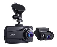 Bild zu AUKEY Doppel-Dashcam mit 2,7-Zoll-Display (Front- und Rückfahrkamera mit Full HD) für 118,99€