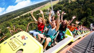 Bild zu Holiday Park 40% Gutschein: Tickets für 21,30 € (statt 35,50 €) – 2 Jahre gültig!