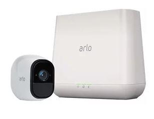 Bild zu Netgear Arlo Pro Smart VMS4130 Sicherheitskamera (WiFi, 130 Grad, Bewegungsmelder, Nachtsicht, 100dB Sirene) für 159,21€ (VG: 233,34€)
