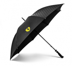 Bild zu Ferrari Regenschirm Carbon Schwarz für 27,24€ (Vergleich: 39,95€)