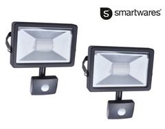 Bild zu Doppelpack Smartwares LED-Fluter mit Bewegungssensor 20 W für 25,90€ (Vergleich: 46,94€)