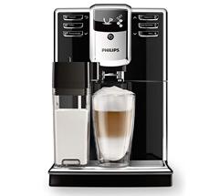 Bild zu Amazon.it: Philips 5000 Serie EP5360/10 Kaffeevollautomat, 6 Kaffeespezialitäten (integriertes Milchsystem) für 433,31€ (Vergleich: 519€)