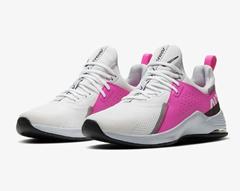 Bild zu Nike Air Max Bella TR 3 Women Sneaker für 48,47€ (Vergleich: 59,90€)