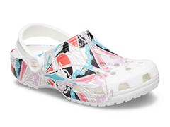 Bild zu Crocs Liberty London X Classic Clog für 35,99€ (Vergleich: 56,99€)