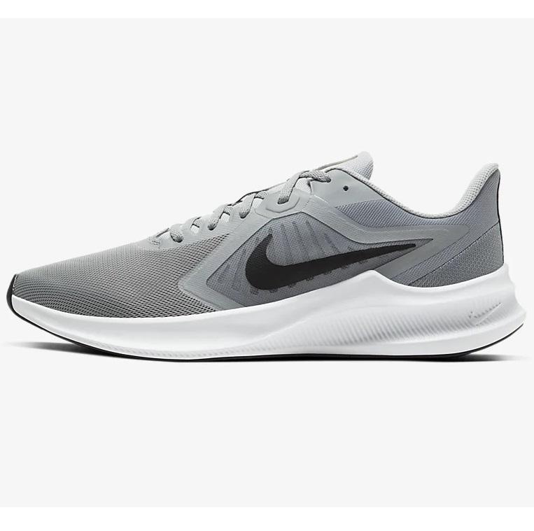 Bild zu Herren-Sneaker Nike Downshifter 10 für 38,60€ (Vergleich: 47,19€)