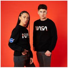 Bild zu Zavvi: 30% Rabatt auf NASA Bekleidung
