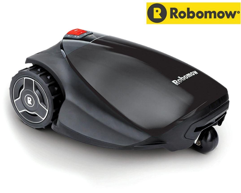 Bild zu Robomow RC304U Mähroboter in der Black Edition für 608,90€ (VG: 719,10€)