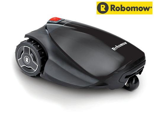 Bild zu Robomow RC304U Mähroboter Black Edition für 608,90€ inklusive Versand.