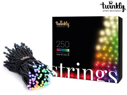 Bild zu Twinkly LED-Lichterkette RGB und Weiß mit 250 LEDs für 95,90€ (Vergleich: 135,90€)