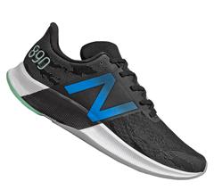 Bild zu Geomix: New Balance Laufschuhe Sale, z.B. New Balance Laufschuh 890 v8 in schwarz/blau für 74,95€