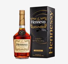 Bild zu Hennessy Cognac VS 40% 1L in Geschenkverpackung für 35,90€ (VG: 44,27€)