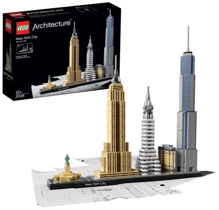 Bild zu LEGO Architecture Set – New York City (21028) für 29,99€ (VG: 36,48€)